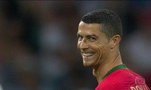 Cristiano Ronaldo dá show no empate de Portugal e Espanha: 3 x 3