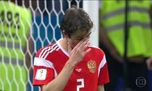 Brasileiro naturalizado russo perde pênalti decisivo e Rússia é eliminada