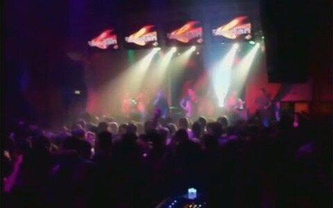 Banda usava fogos de artifício em apresentações