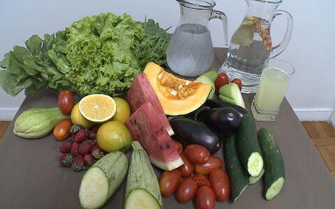 Veja dicas de alimentos que hidratam