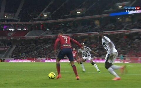 Lille e Rennes ficam no 1 a 1 em duelo válido pelo Campeonato Francês