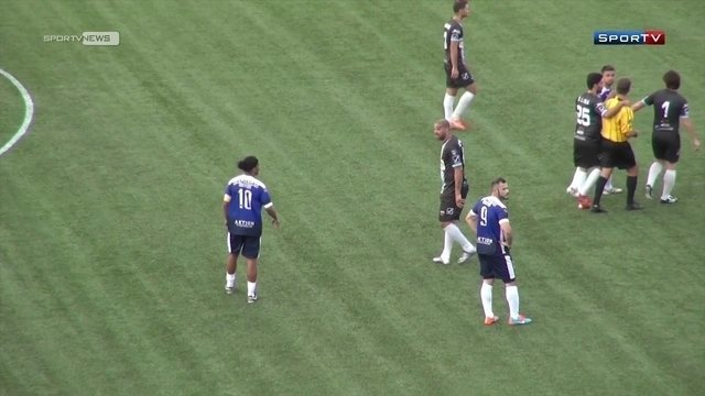 BLOG: Após invasão do gramado, Ronaldinho Gaúcho agradece carinho em Las Vegas