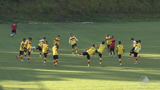 Vitória estreia na Copa Sul-americana de Futebol com mudanças na escalação