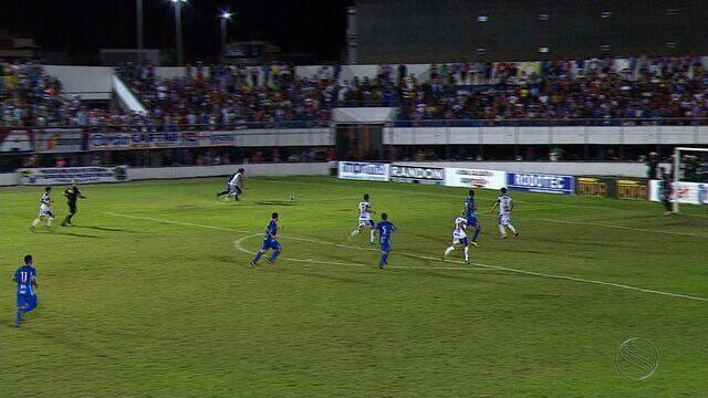 Com gol contra, Itabaiana perde primeiro jogo para o São Bento