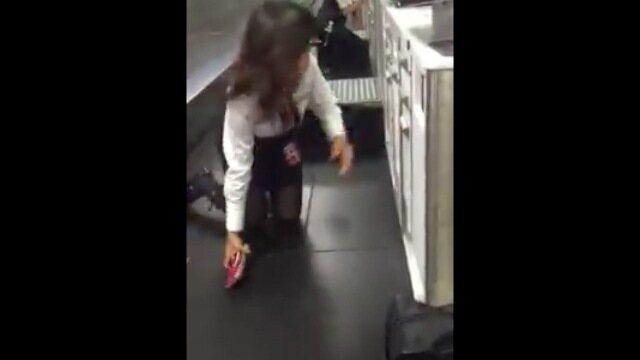 Jogador brasileiro de showbol registra pânico em Aeroporto de Los Angeles, nos EUA