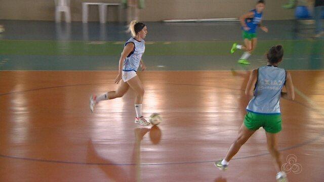 Após boas campanhas em torneios de futebol, Iranduba se destaca no futsal