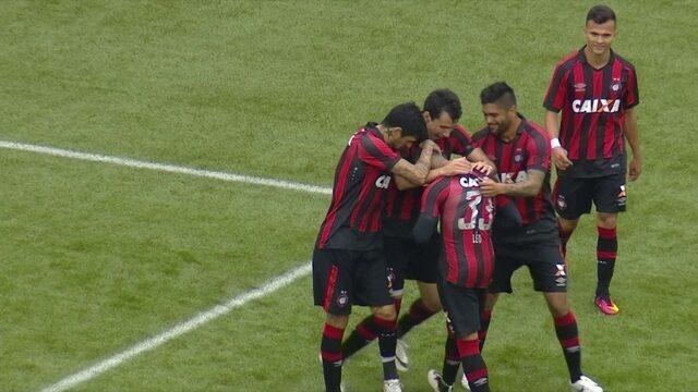 Os gols de Atlético-PR 3 x 0 Ponte Preta pela 27ª rodada do Brasileirão