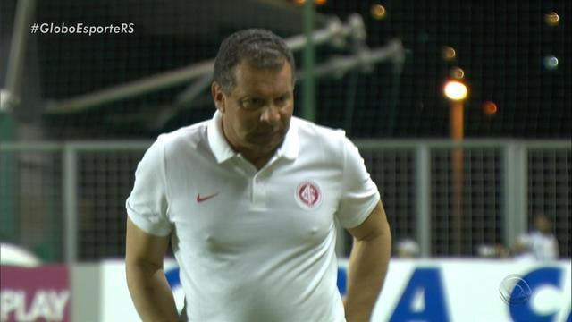 Inter perde por 3 a 1 para o Atlético-MG e se complica ainda mais no Z-4