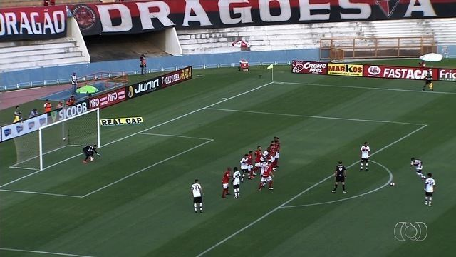 Com gol de falta, Atlético-GO derrota o Vila Nova no Serra Dourada