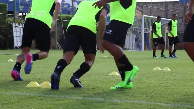 Botafogo faz treino no Paraguai