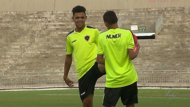 Nildo se mostra ansioso de voltar a jogar pelo Botafogo-PB depois de quase sete meses