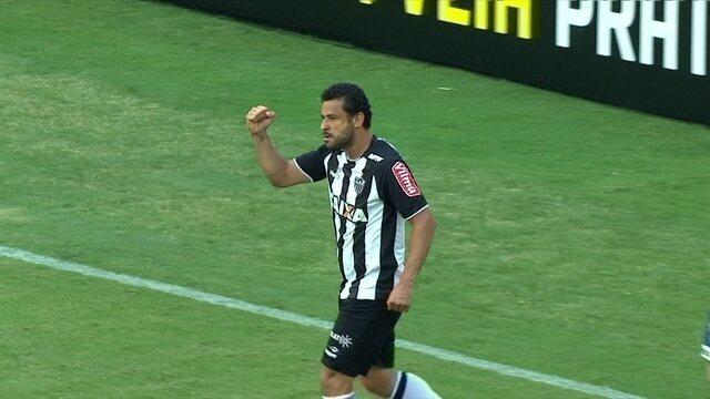 Comentaristas elogiam fase de Fred, que tem média superior a um gol por partida em 2017