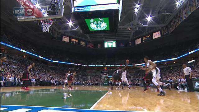 Confira o top 5 de jogadas da noite de playoffs da NBA