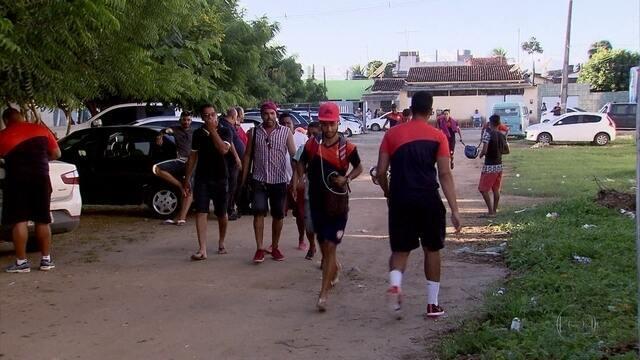 Atlético-PE chega atrasado para a partida e vence o Campinense, de virada