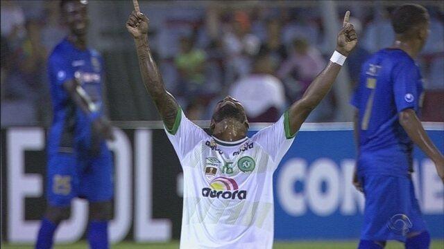 Rezar e ganhar: à espera da Conmebol, Chape pega Zulia para seguir na Liberta