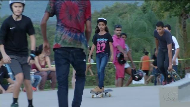Atletas de todas as idades se reuniram no Parque Cesamar para o Skate Camp