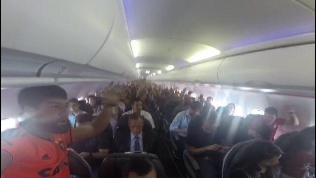 Antes de decisão, torcedores do Sport cantam e vibram em voos para Salvador