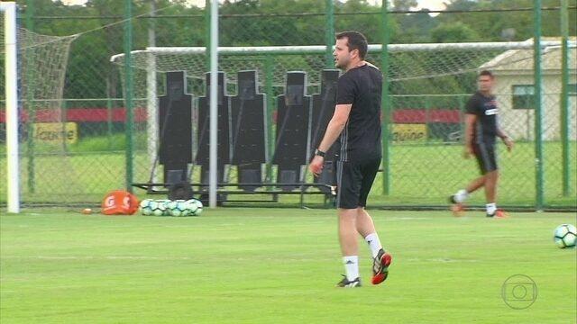 Em momento complicado, Sport se preparar para partida difícil contra o Grêmio