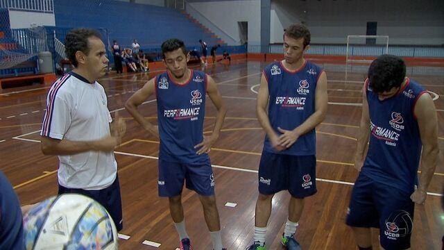 Jogadores do Salesianos enfrentam jornada dupla