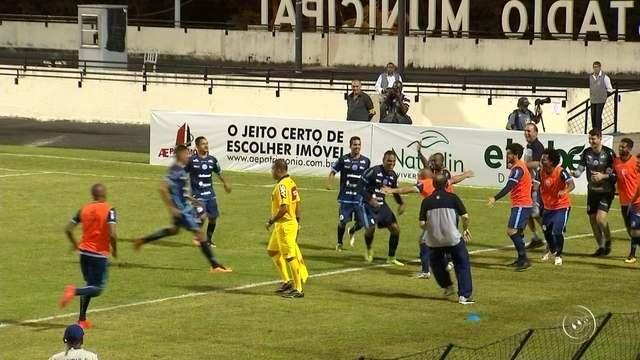 Em noite inspirada, Cavalo marca dois e ajuda o São Bento a vencer o Macaé na Série C