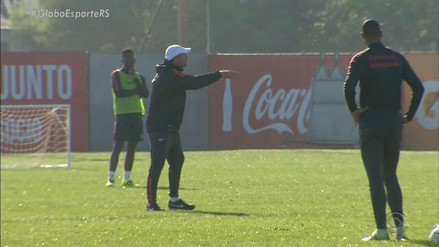 Zago é demitido e novo técnico do Inter ainda segue indefinido