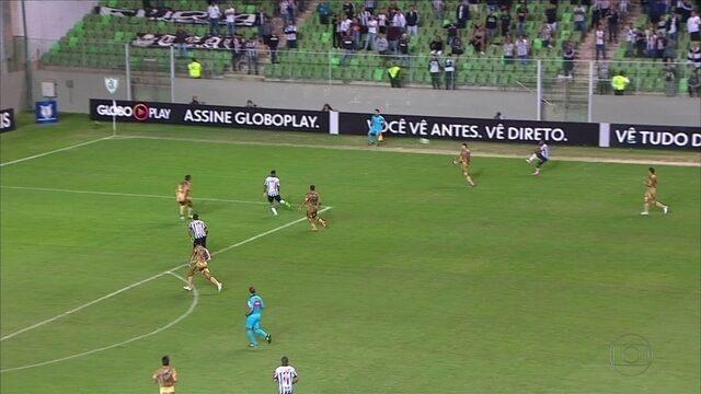 Em noite de gol 1000, Sport consegue empate com o Atlético-MG, no Horto
