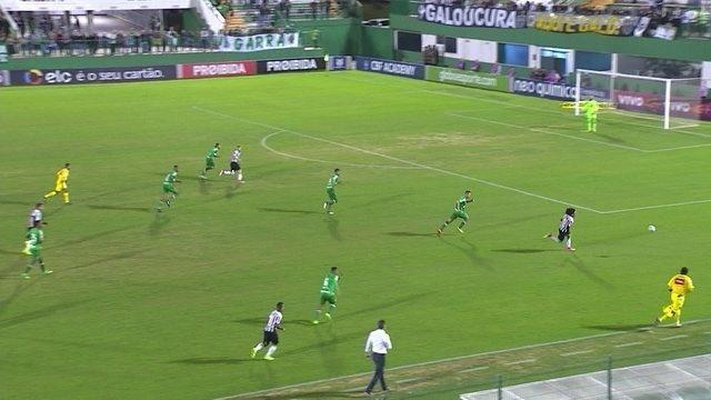 Melhores momentos: Chapecoense 0 x 1 Atlético-MG pela 10ª rodada do Campeonato Brasileiro