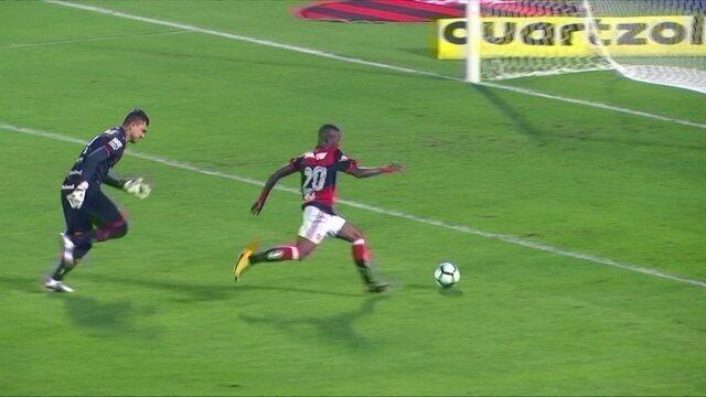 Vinicius Junior ou Sheik? Quem fez o gol mais bonito da 21ª rodada do Brasileirão