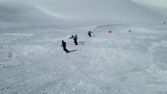 Cearenses do sandboard se aventuram na neve no Brasileiro de snowboard