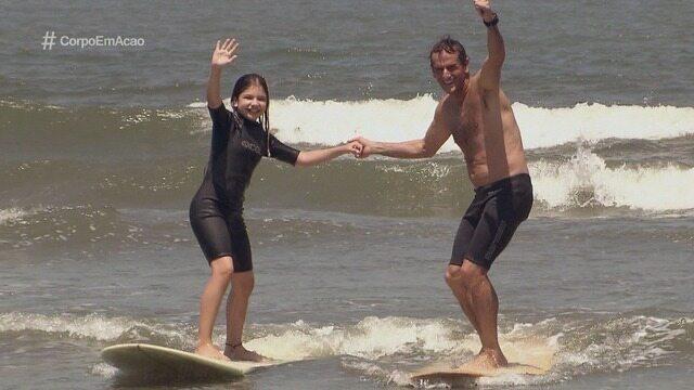 Conheça a herdeira de um grande surfista de Santos