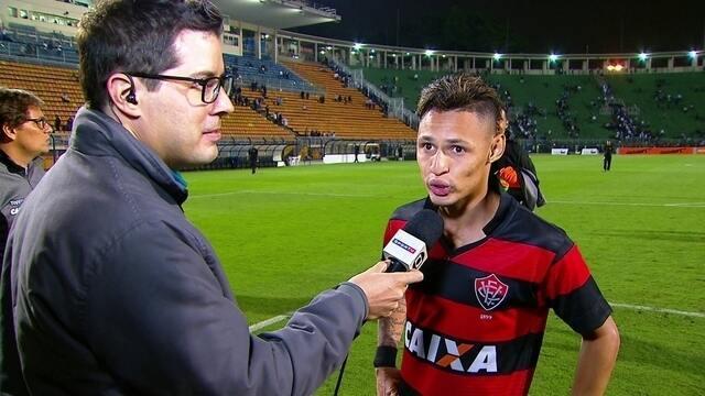Sabíamos que podíamos ganhar o jogo, diz Neílton após empate com o Santos