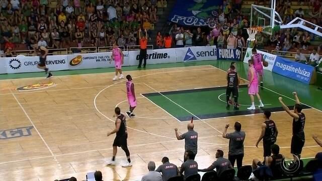 Franca não dá espaços, bate Bauru e volta à final do Paulista de basquete após 9 anos