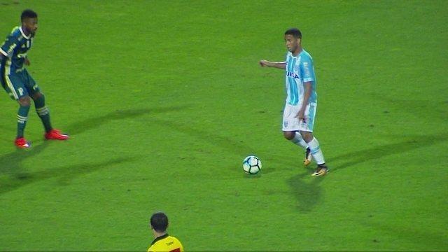 Melhores momentos de Avaí 2 x 1 Palmeiras pela 36ª rodada do Brasileirão