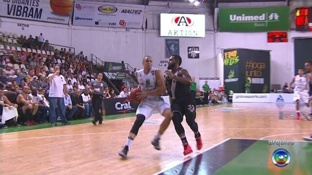 Gui Santos e Stefano se machucam e desfalcam o Bauru Basket
