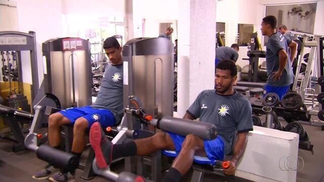 Time do Palmas faz treino na academia para enfrentar o Kaburé