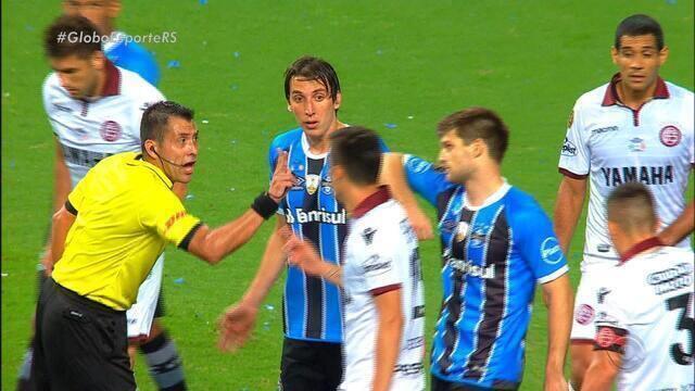Grêmio diz que tentará anular cartão de amarelo de Kannemann