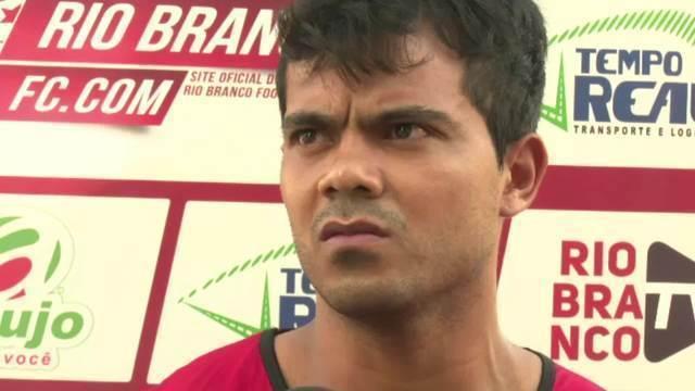 Volante Joel, do Rio Branco, fala em respeito: 'somos os melhores do estado'