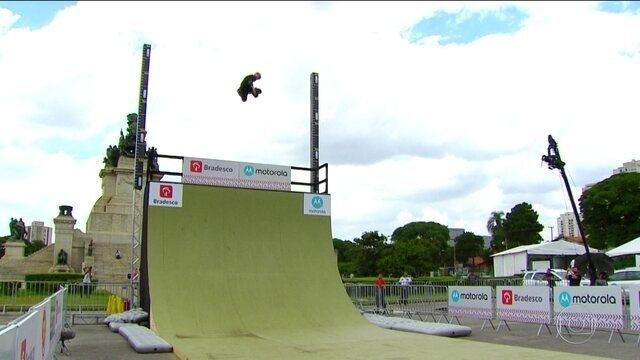 Jogos Urbanos: Confira a prova do aéreo mais alto no skate diversão