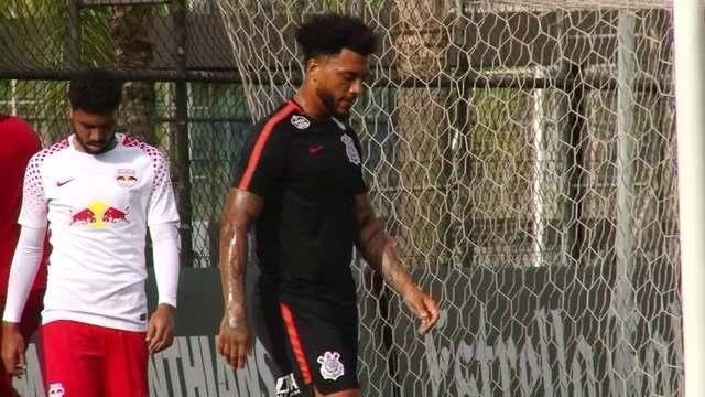 Kazim perde dois gols em jogo-treino do Corinthians contra RB Brasil