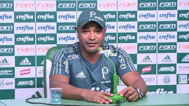 Assista à entrevista de Roger Machado, do Palmeiras, antes do Dérbi