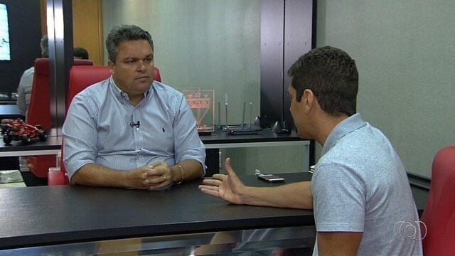 Adson Batista diz que vai qualificar o elenco do Atlético-GO para a Série B