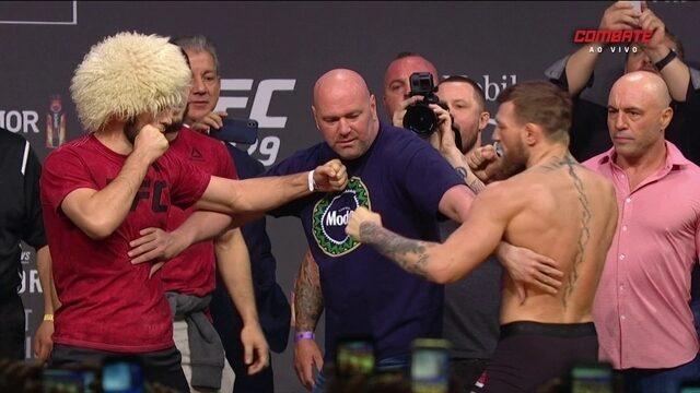 Conor McGregor e Khabib Nurmagomedov passam pela pesagem do UFC 229
