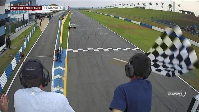 Sérgio Jimenez e Werner Neugebauer vencem na 4.0 e Maurizio e Marco na 3.8, na Porsche Cup