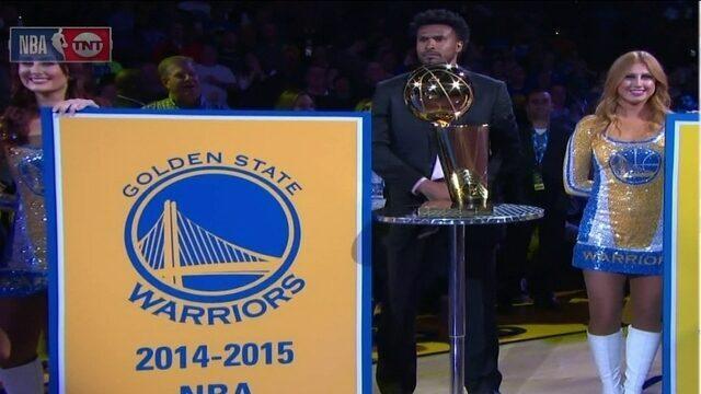 Leandrinho participa da cerimônia de premiação do Golden State Warriors