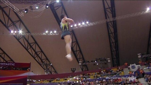 Caio Souza se apresenta no salto na final do Mundial de Ginástica