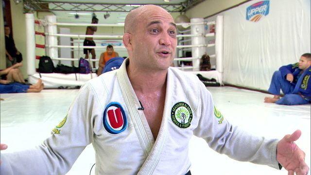 """Ex-campeão do UFC, BJ Penn lembra título mundial de jiu-jitsu: """"Primeiro gringo campeão"""""""