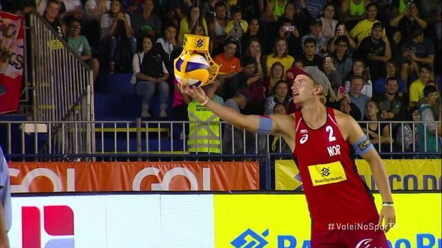 Bola chega de drone para jogos do Mundial de Vôlei de Praia