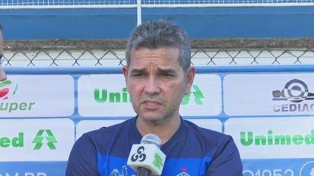 Atlético-AC deve ter estreias nos setores defensivo e ofensivo contra o Tombense