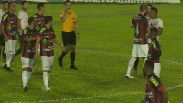 Confusão no segundo tempo do jogo entre Real Ariquemes e Manaus