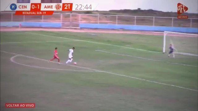 Defensor do América-RN chega antes de atacante, mas faz gol contra no estadual sub-19